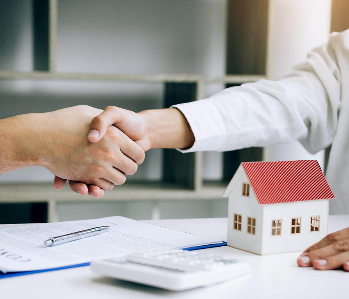 Reasons to hire Real Estate Lawyer
