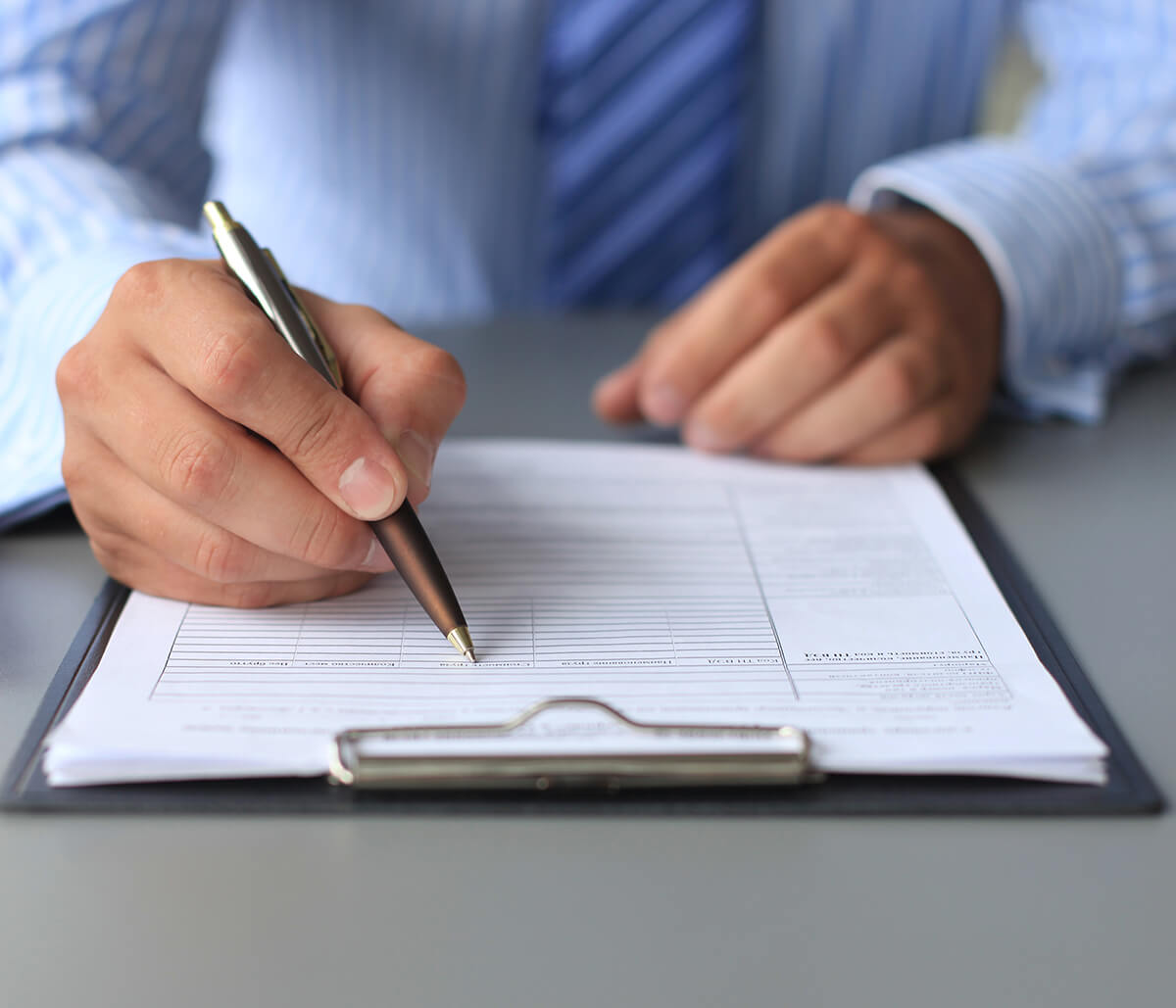 Hire a Business Lawyer in Mississauga Area to Protect Your Company